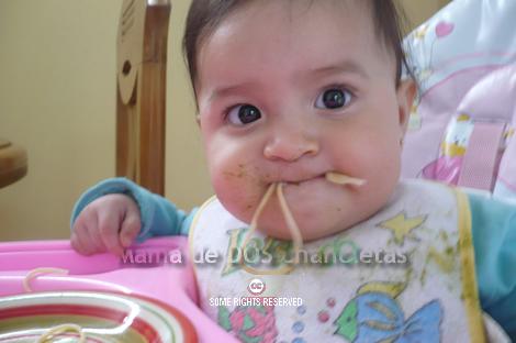alejandra-comiendo1